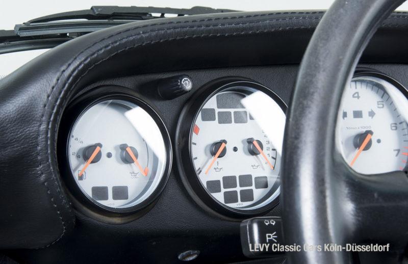 Porsche 993 40982 12