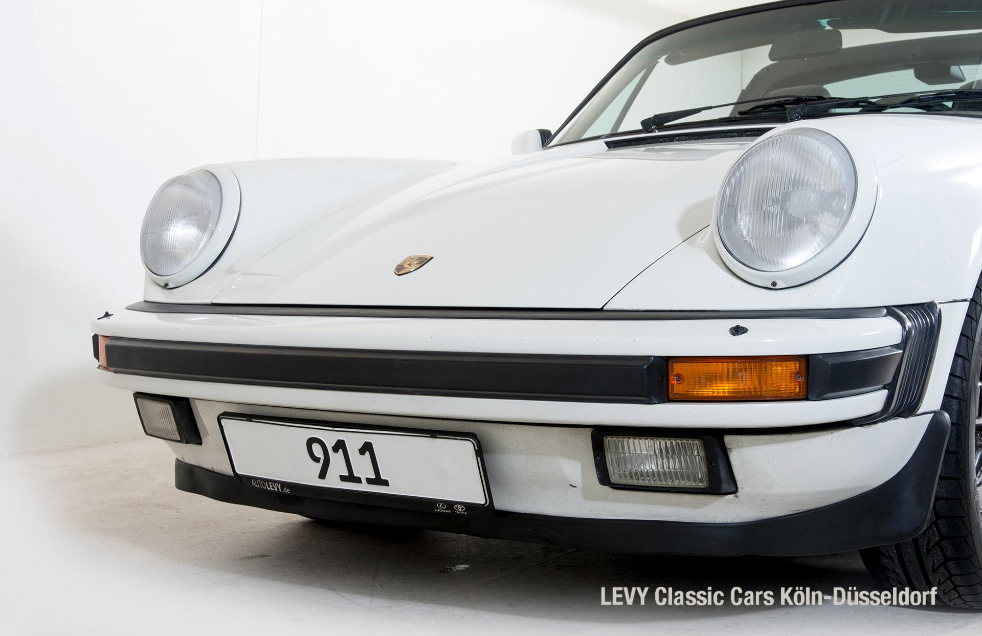 Porsche 911 Targa 61307_11