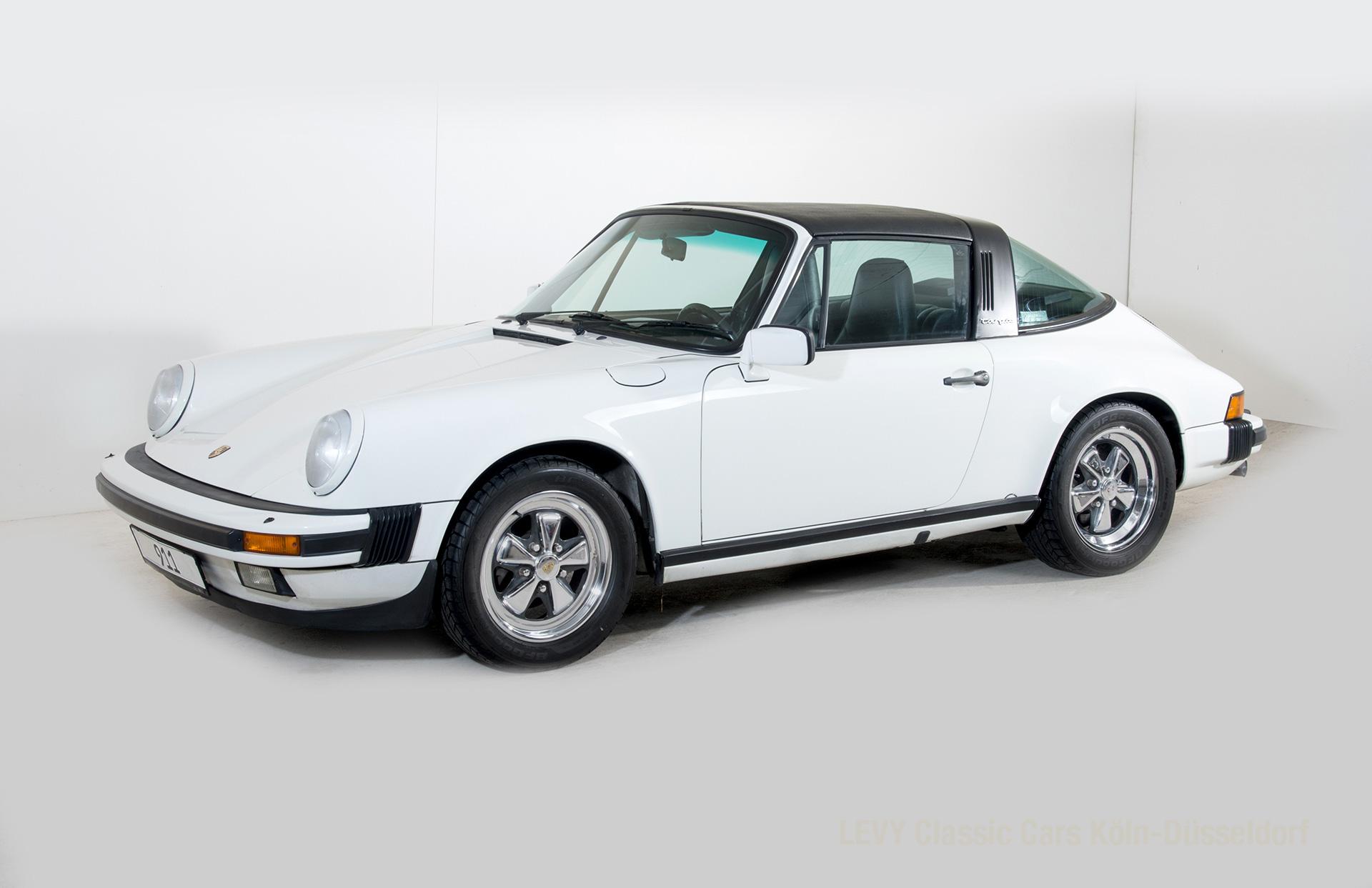 Porsche 911 Targa 61307_3