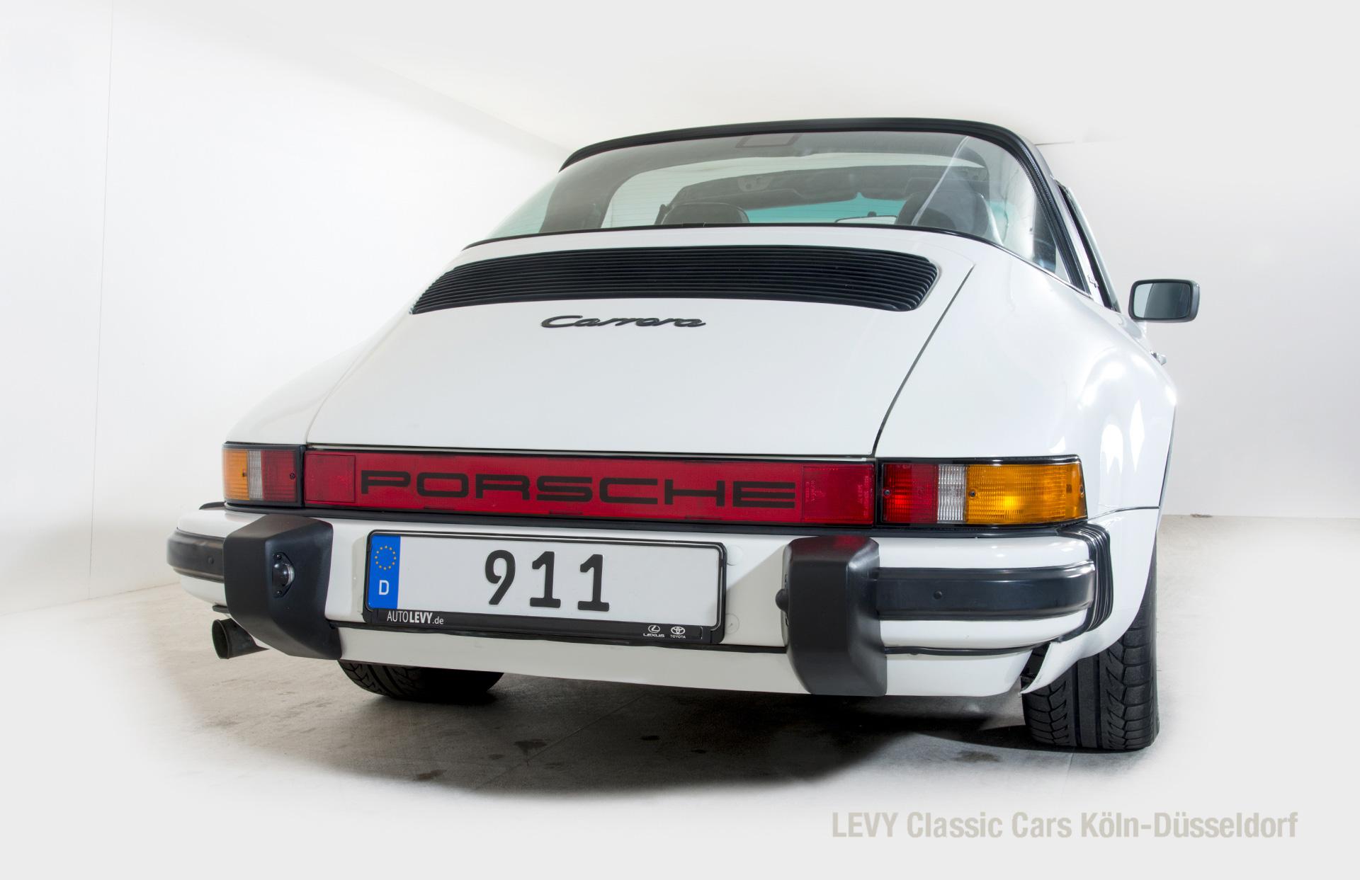 Porsche 911 Targa 61307_46