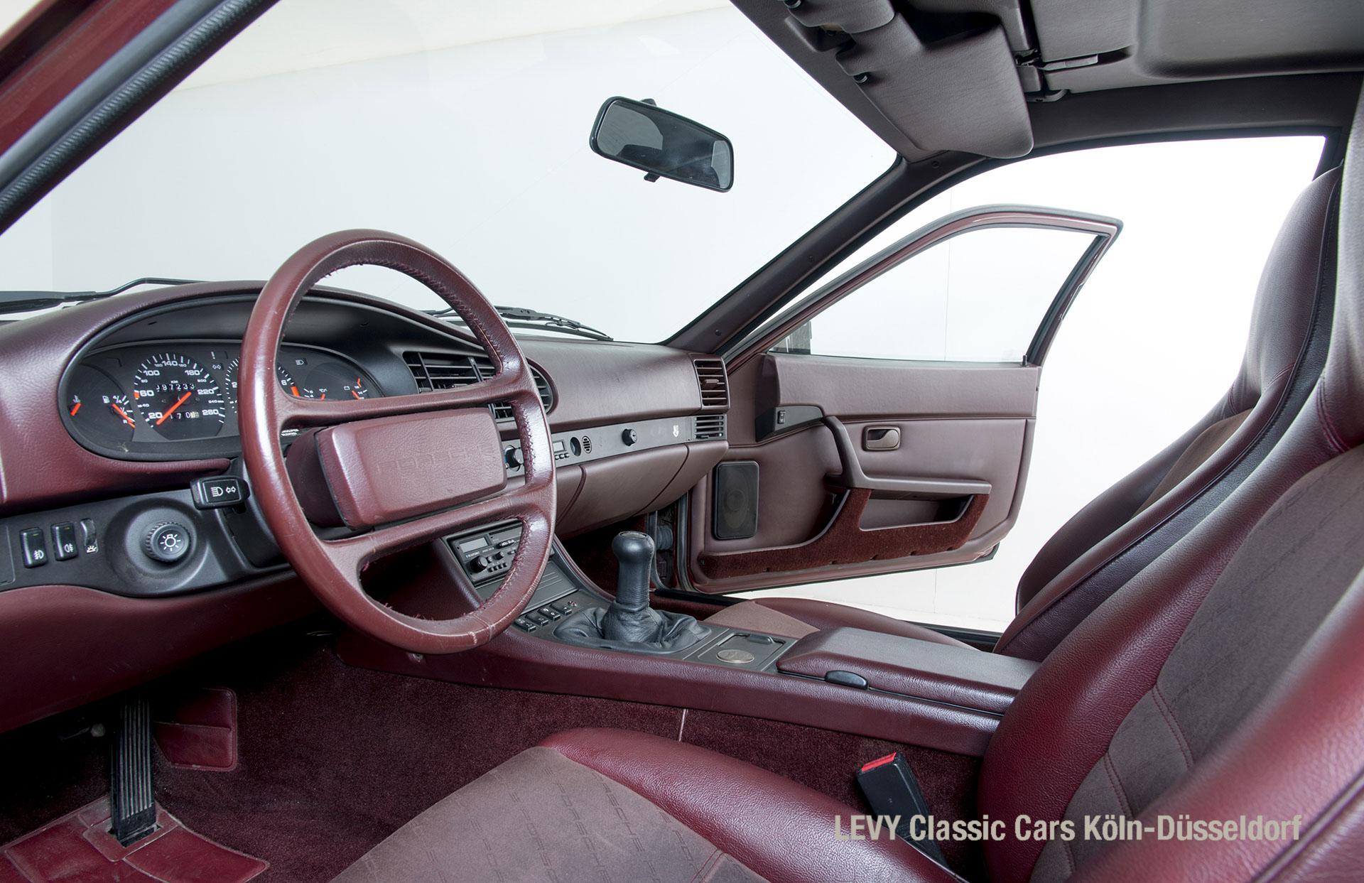 Porsche 944 Coupe 21548_30