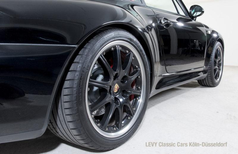993 Porsche 15171 47