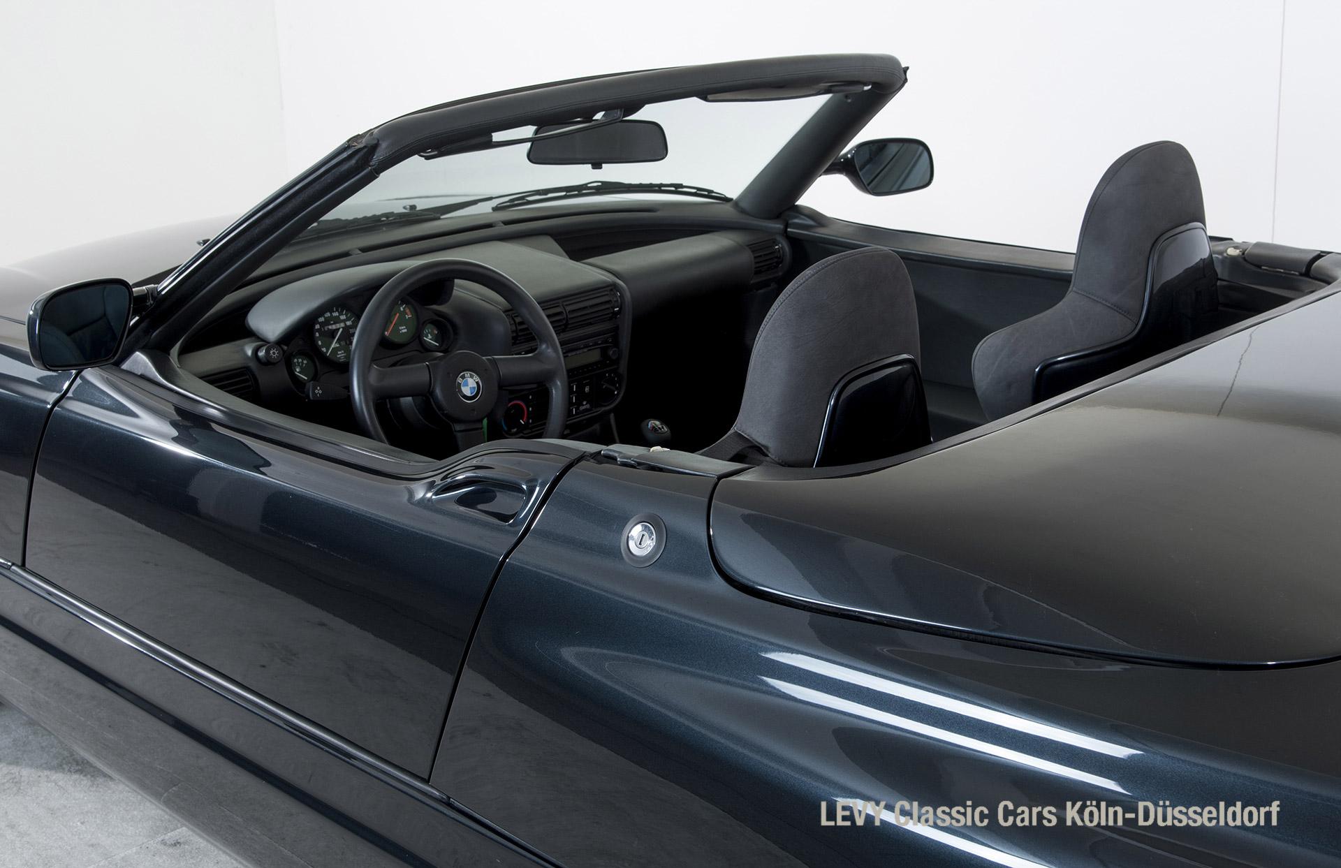 BMW Z1 Schwarz 10