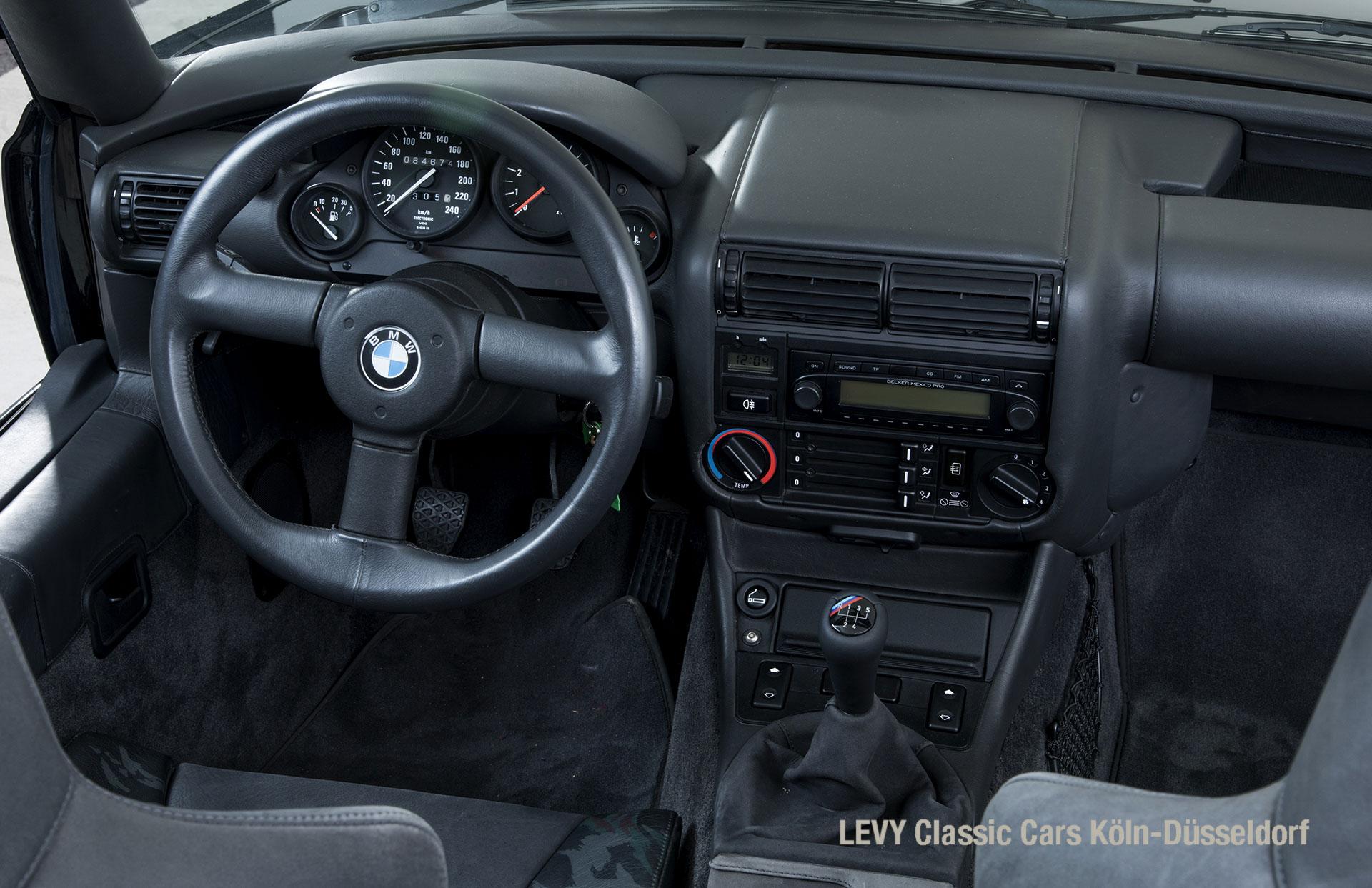 BMW Z1 Schwarz 37