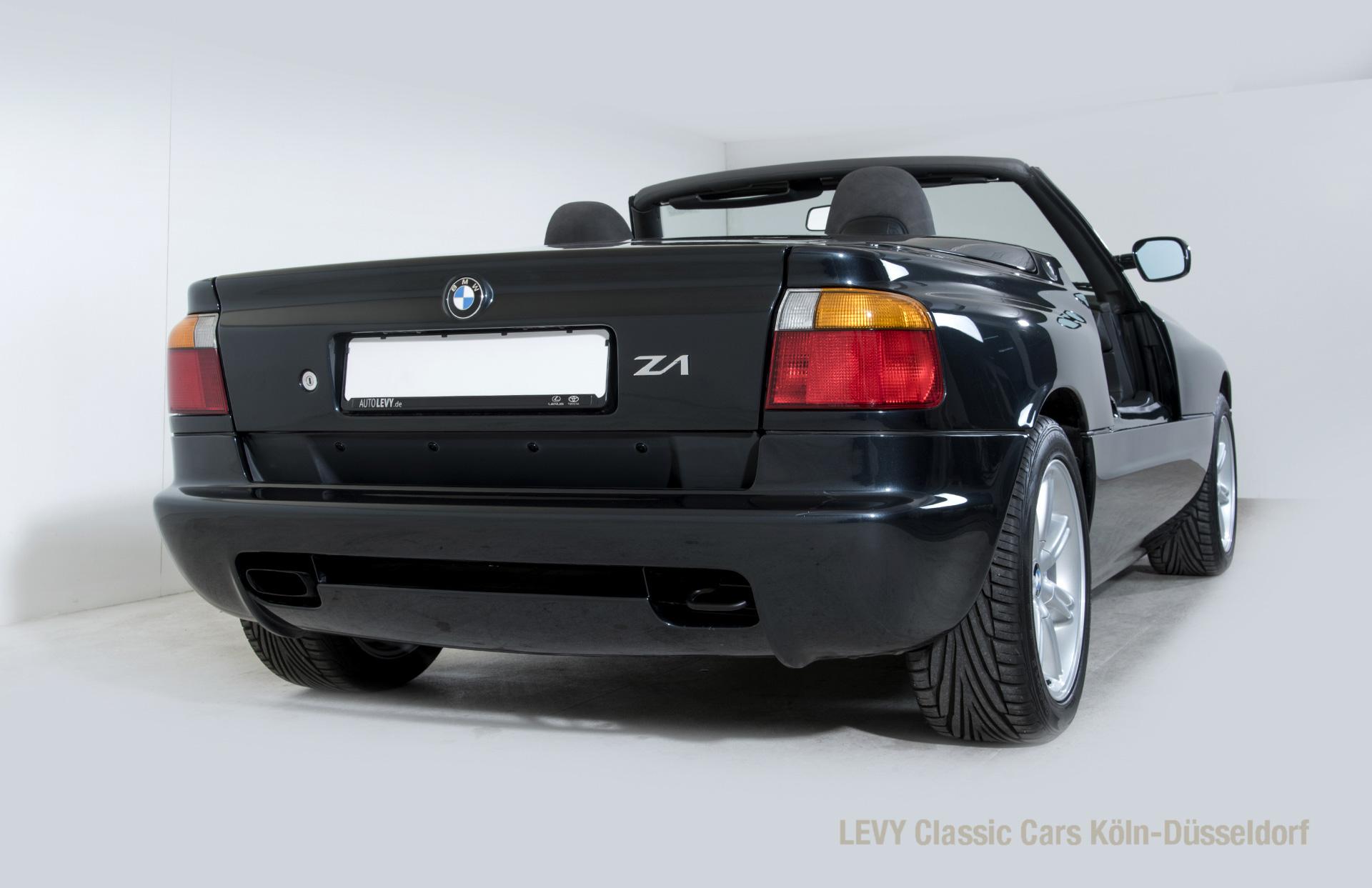 BMW Z1 Schwarz 61
