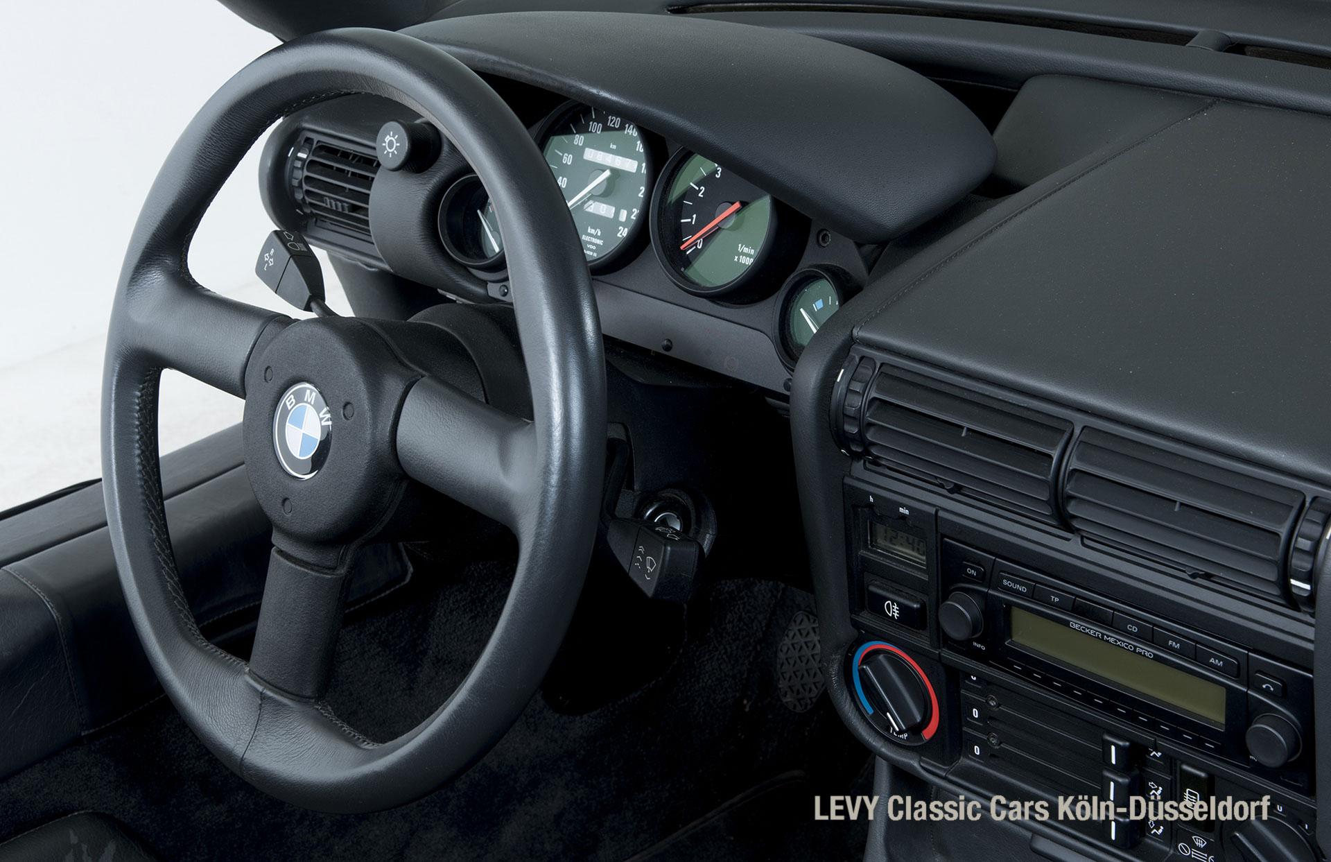 BMW Z1 Schwarz 70