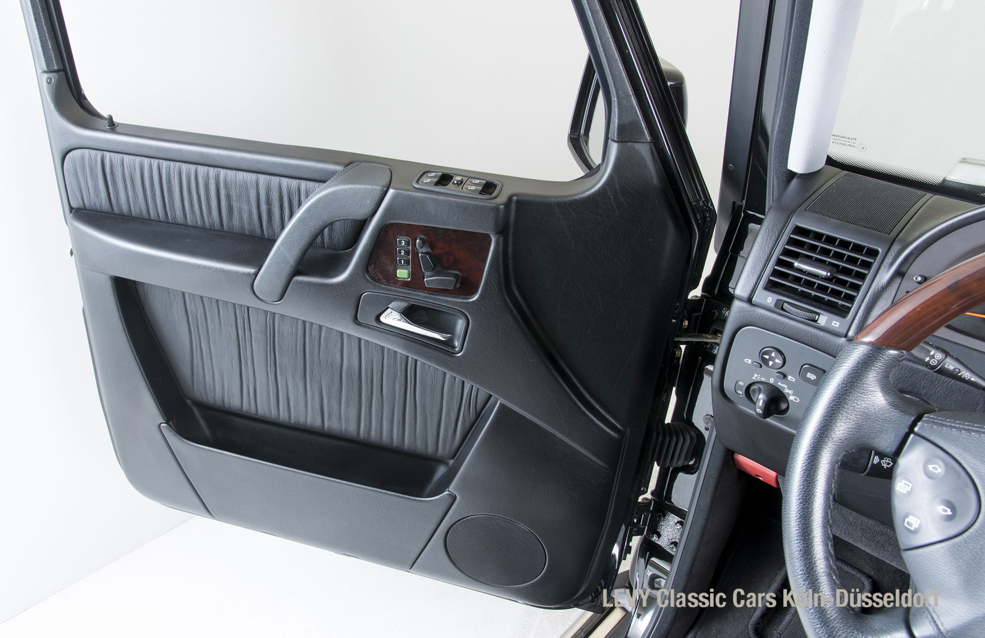 MB G500 schwarz 169523 109