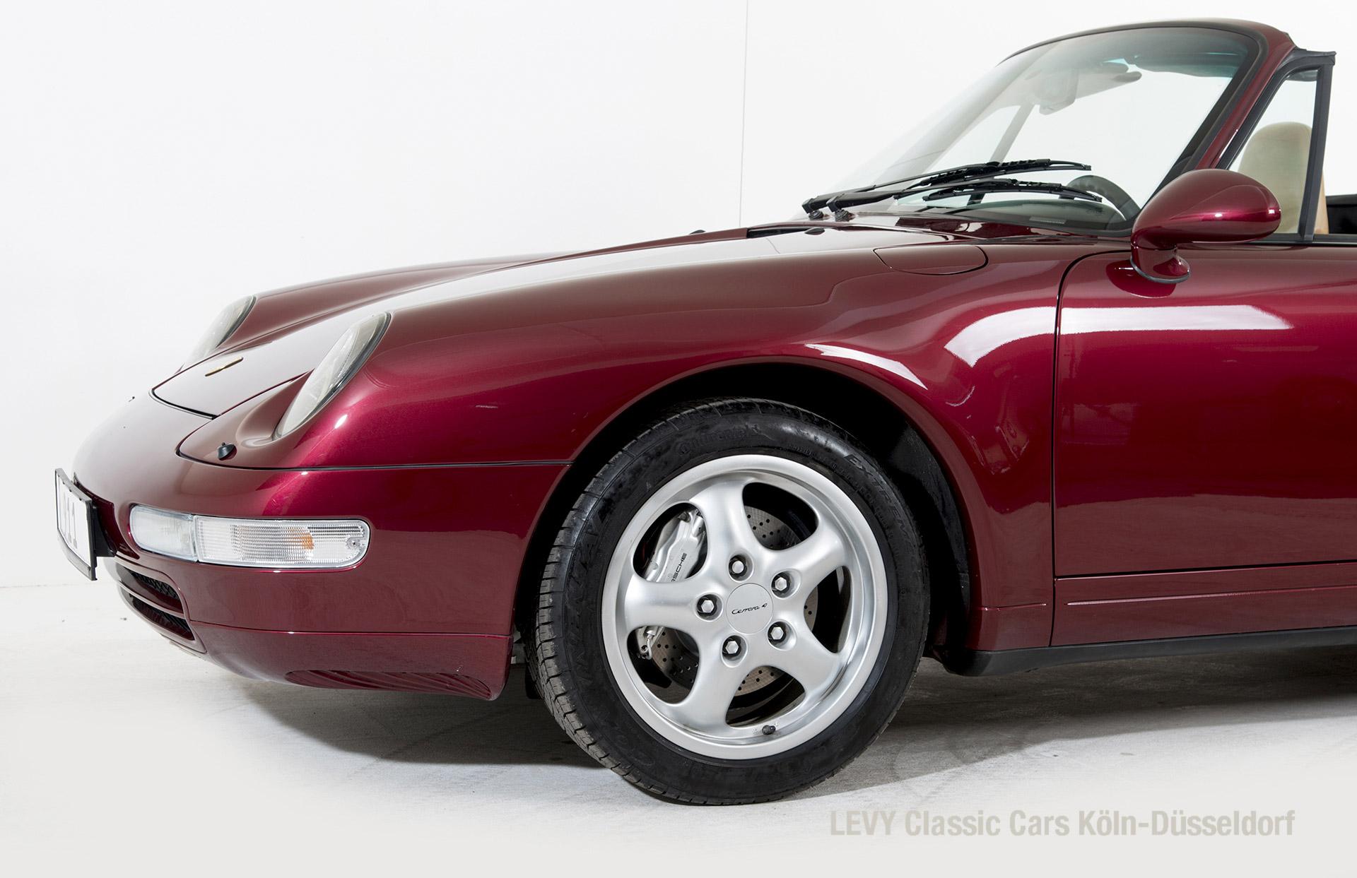 40752 Porsche 12