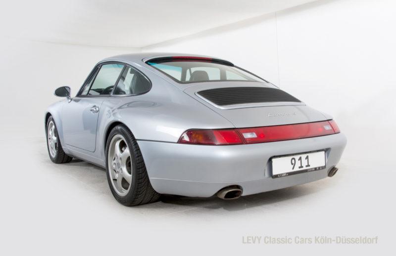 22282 Porsche silber 02