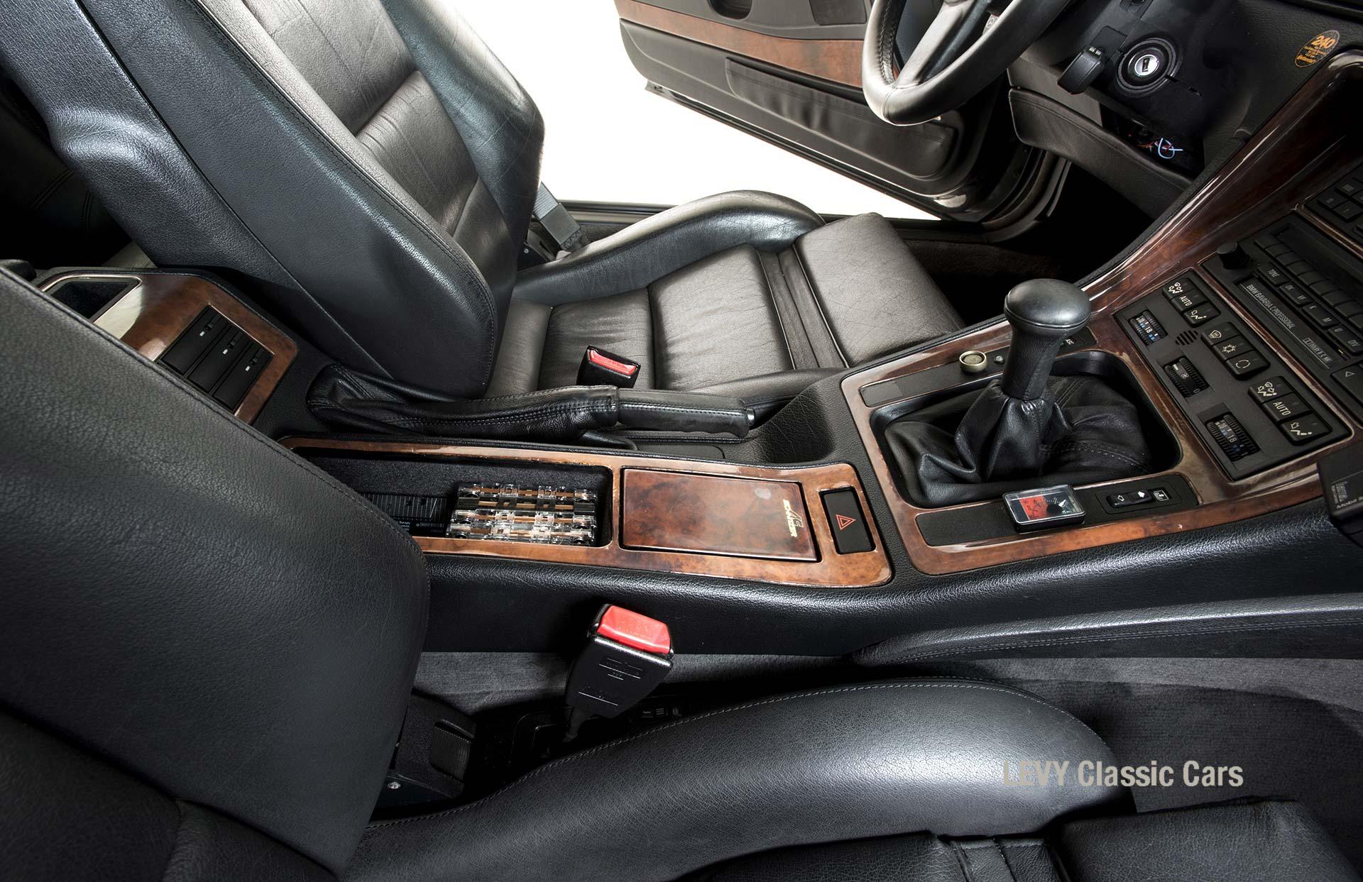 BMW 850i 12394 60