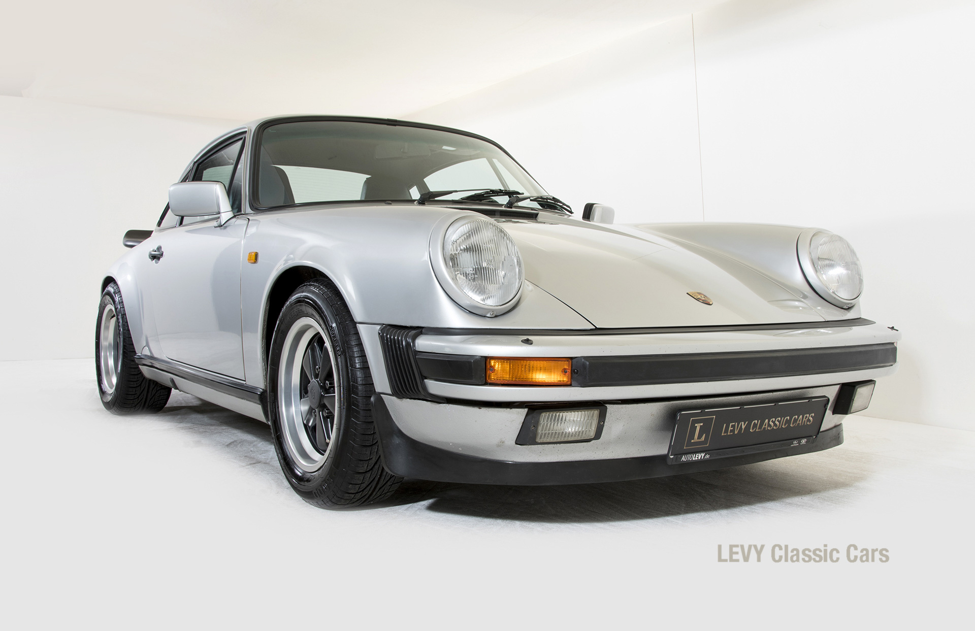 Porsche 911 C silber 03809 06