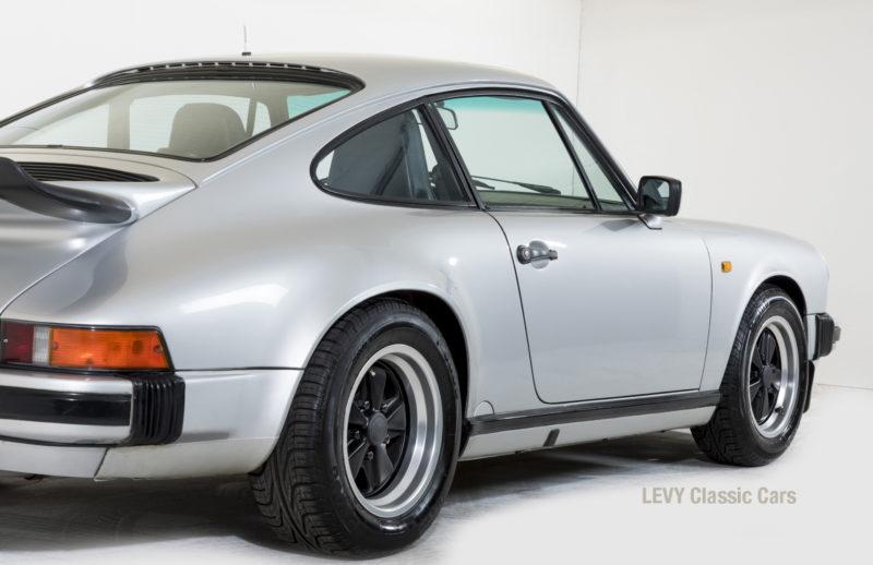 Porsche 911 C silber 03809 13