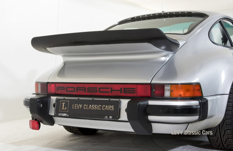 Porsche 911 C silber 03809 16