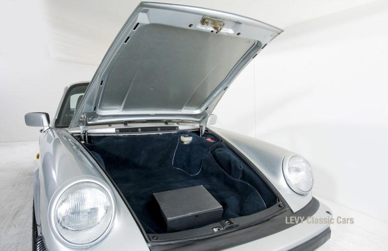 Porsche 911 C silber 03809 19