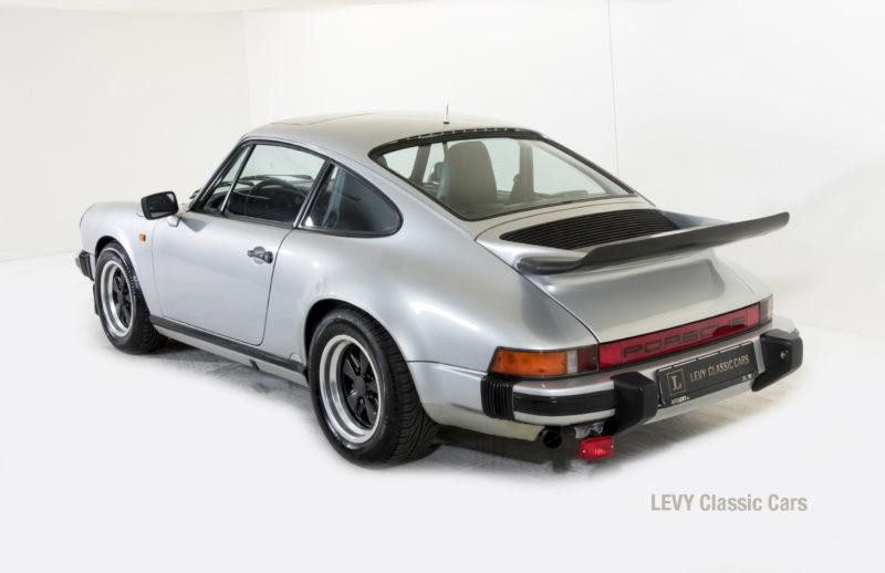 Porsche 911 C silber 03809 29