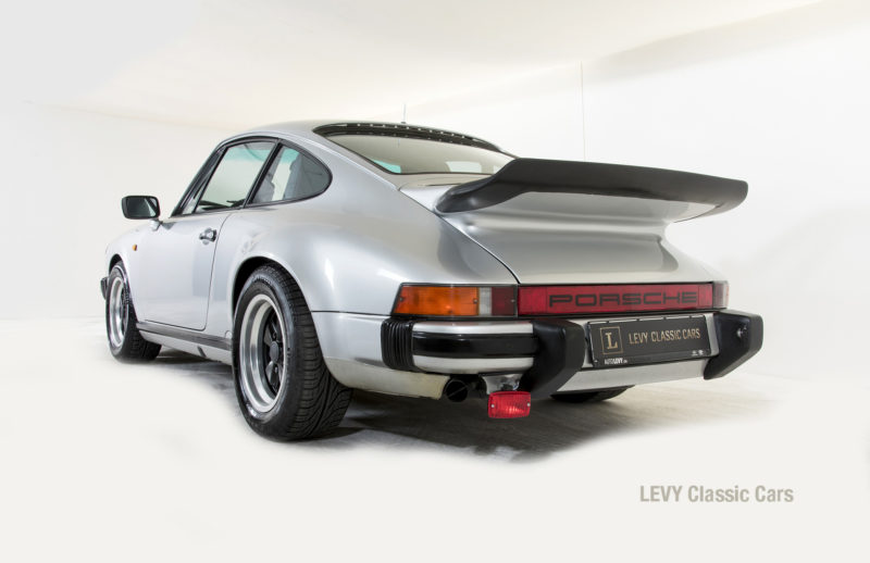 Porsche 911 C silber 03809 33