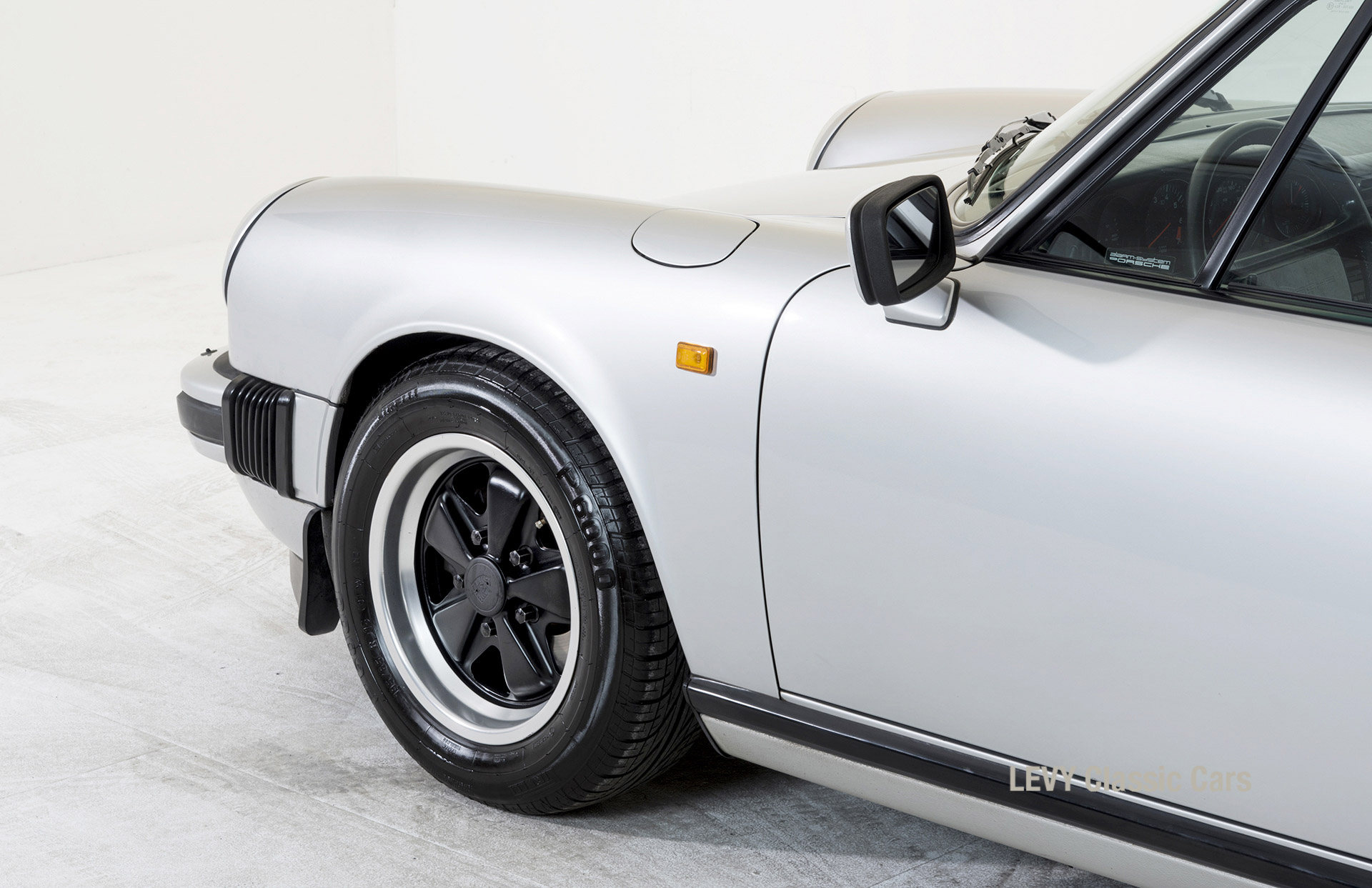Porsche 911 C silber 03809 35
