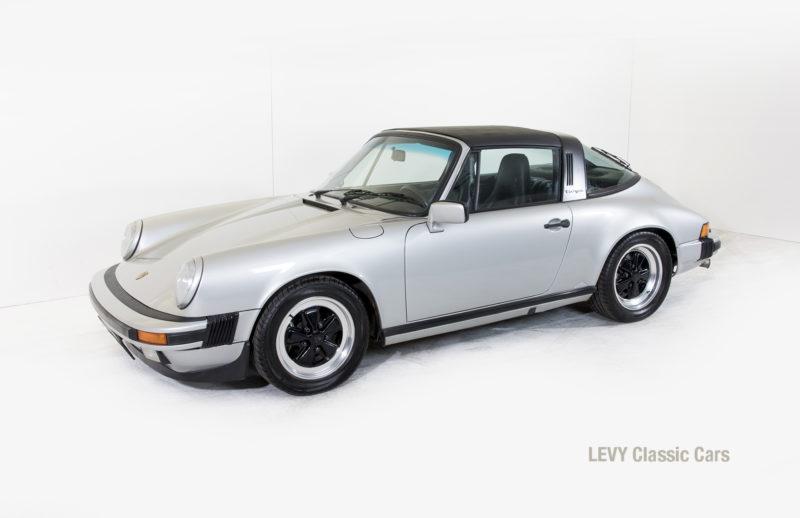 Porsche 911 silber Targa 60287 03_1
