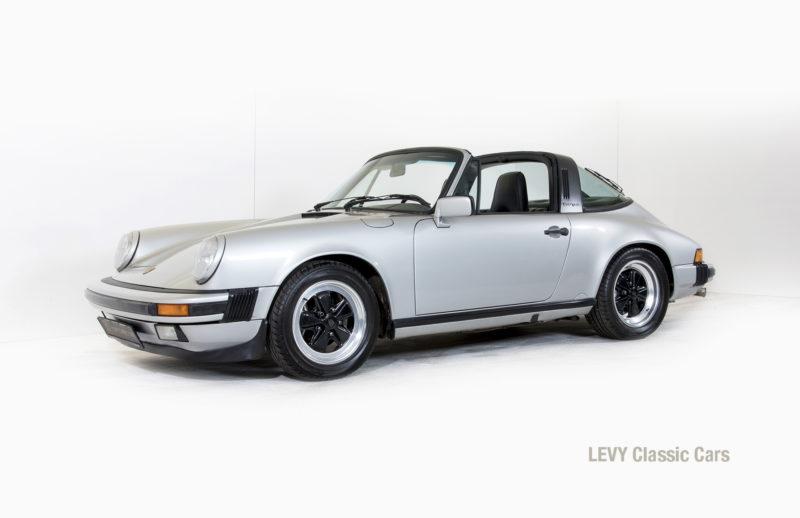 Porsche 911 silber Targa 60287 08_1