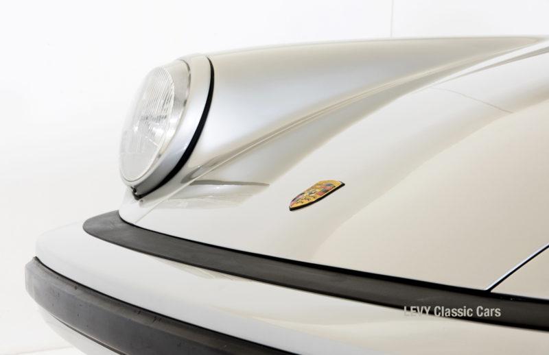 Porsche 911 silber Targa 60287 14_1