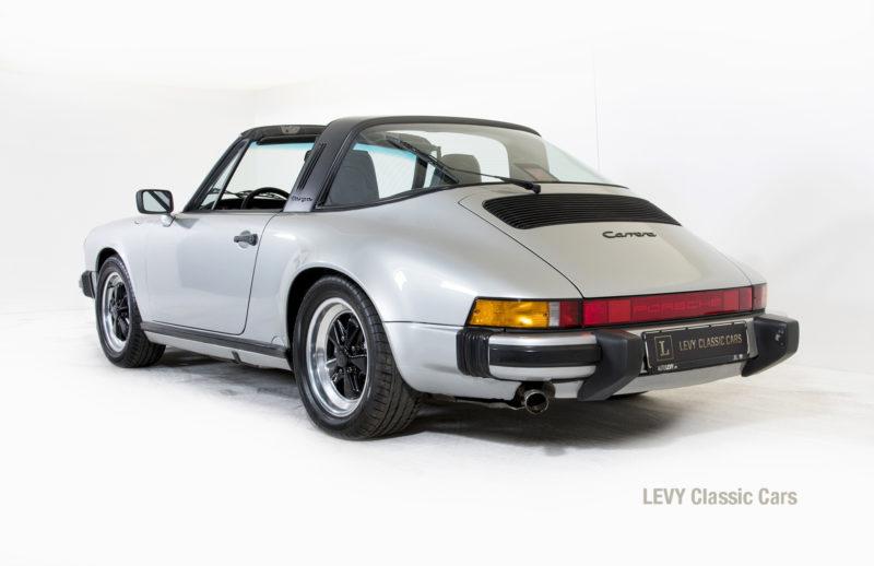 Porsche 911 silber Targa 60287 17_1