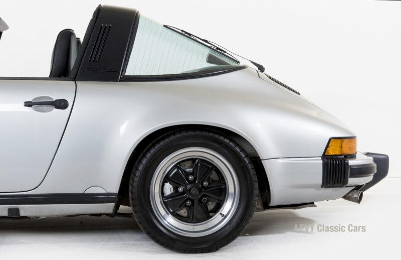Porsche 911 silber Targa 60287 22_1