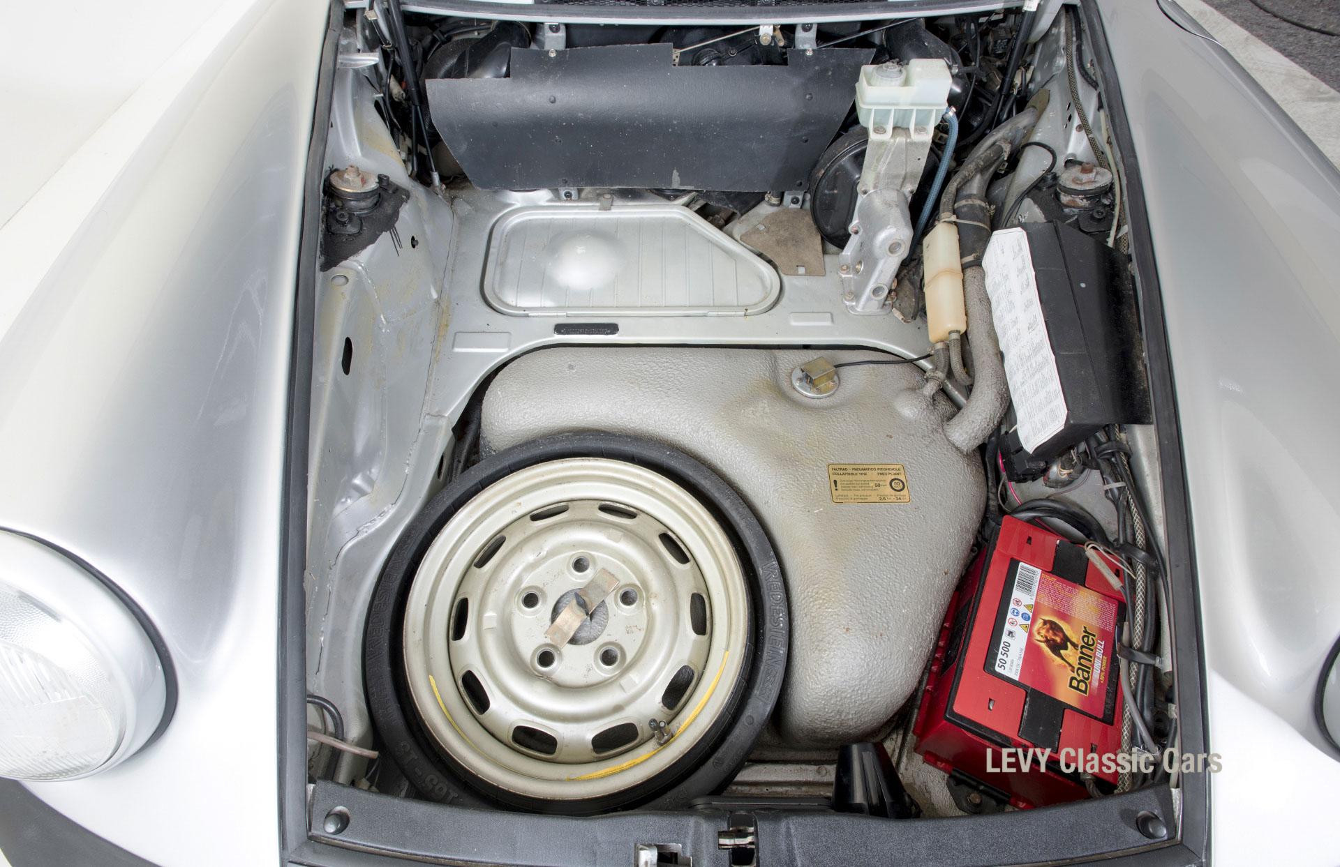 Porsche 911 silber Targa 60287 26_1