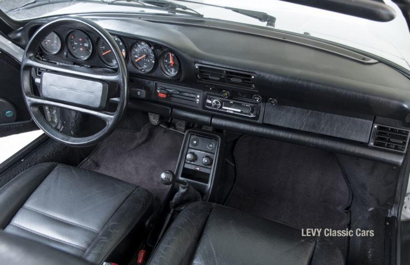 Porsche 911 silber Targa 60287 30_1