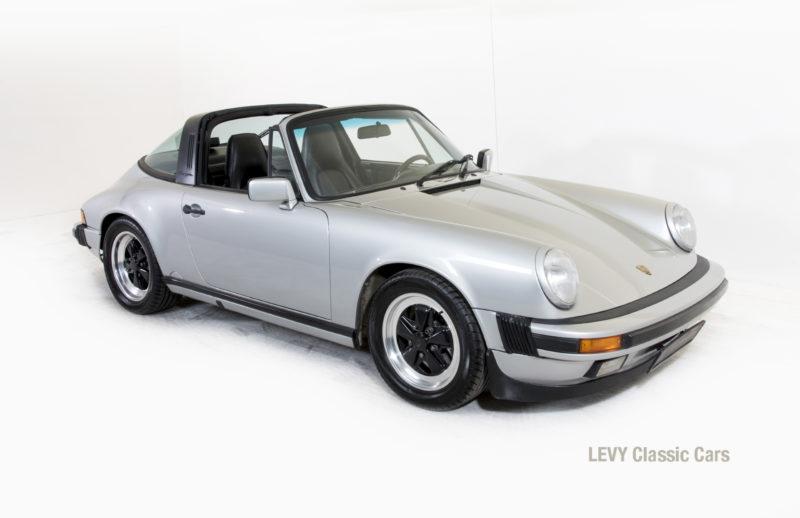 Porsche 911 silber Targa 60287 34_1