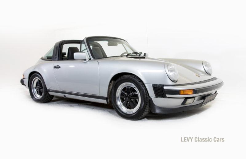 Porsche 911 silber Targa 60287 35_1