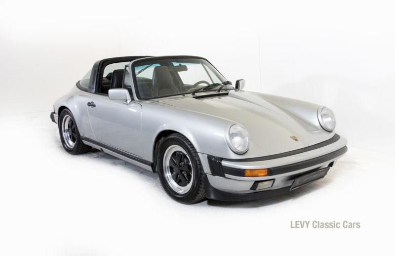 Porsche 911 silber Targa 60287 36_1