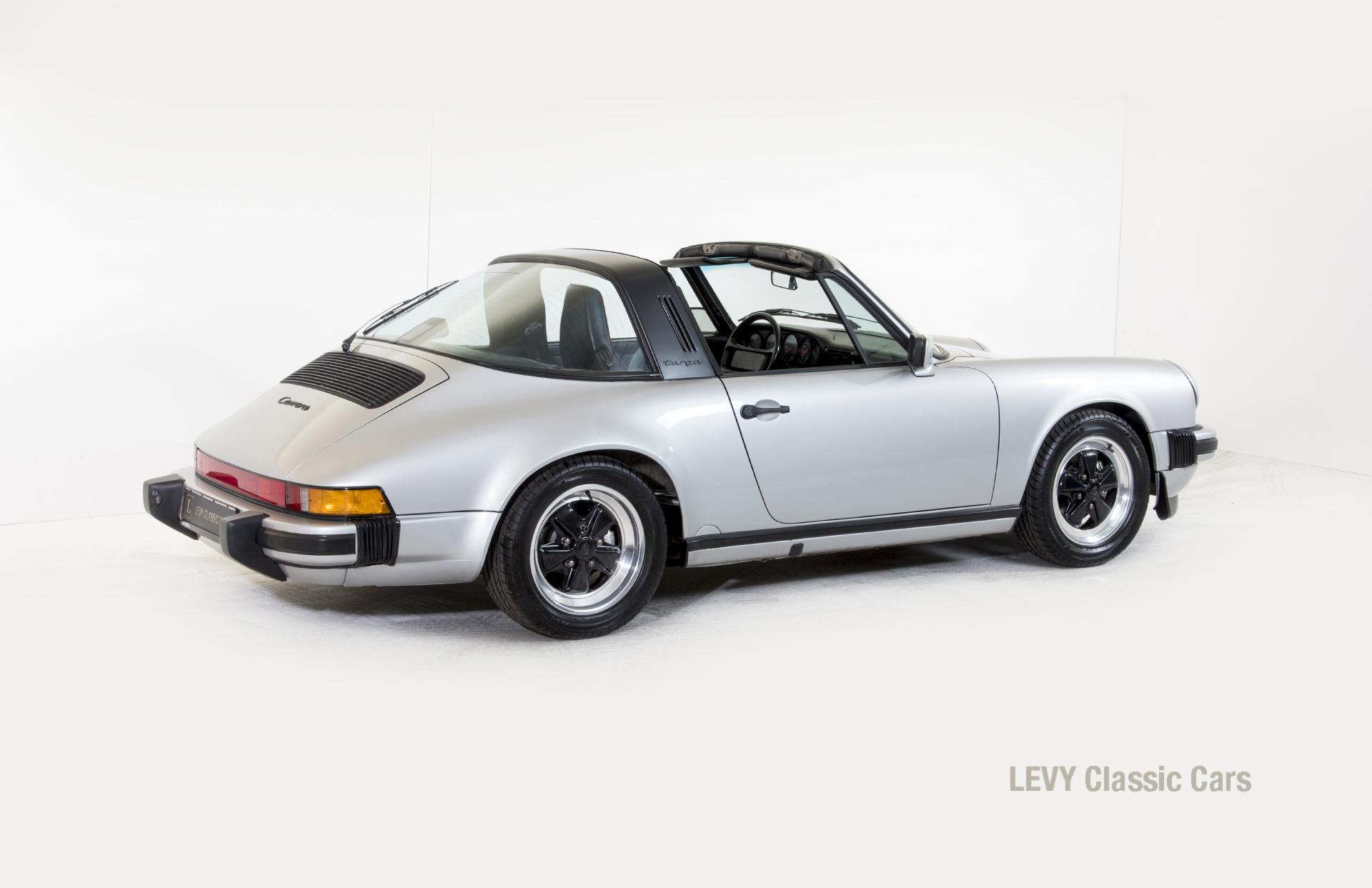 Porsche 911 silber Targa 60287 43_1