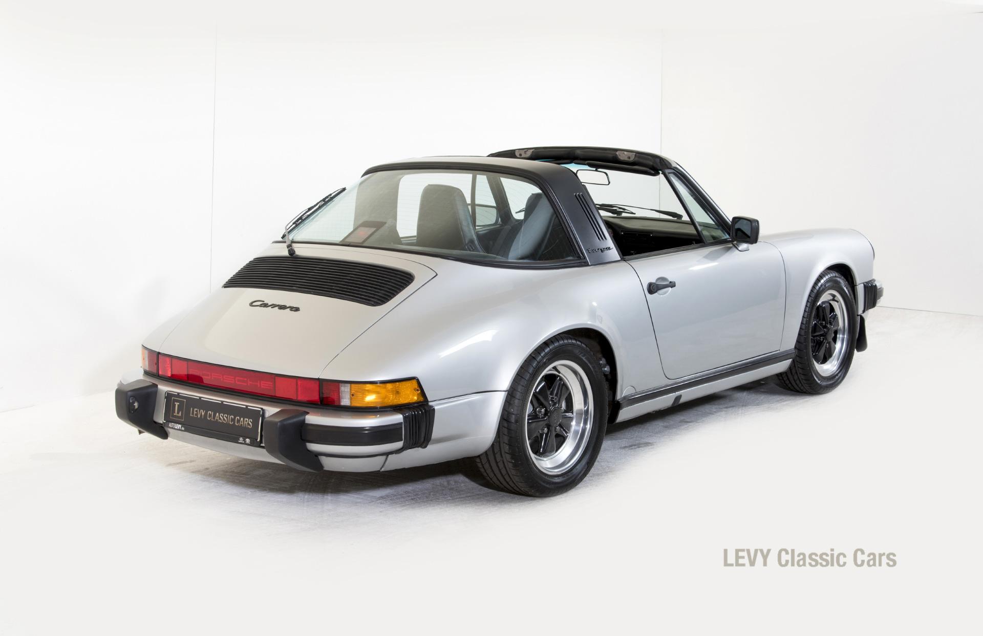 Porsche 911 silber Targa 60287 45_1