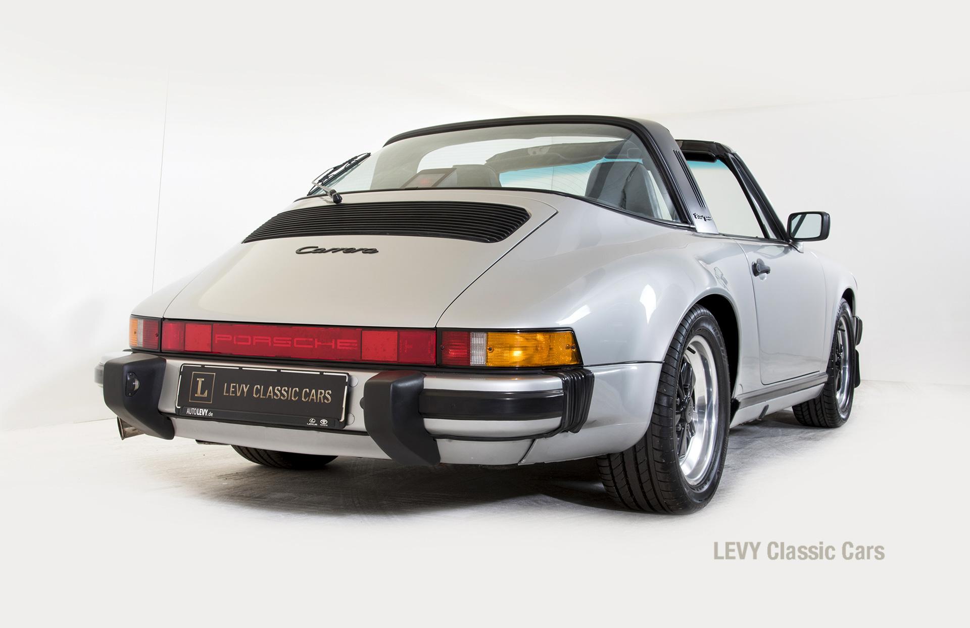 Porsche 911 silber Targa 60287 46_1
