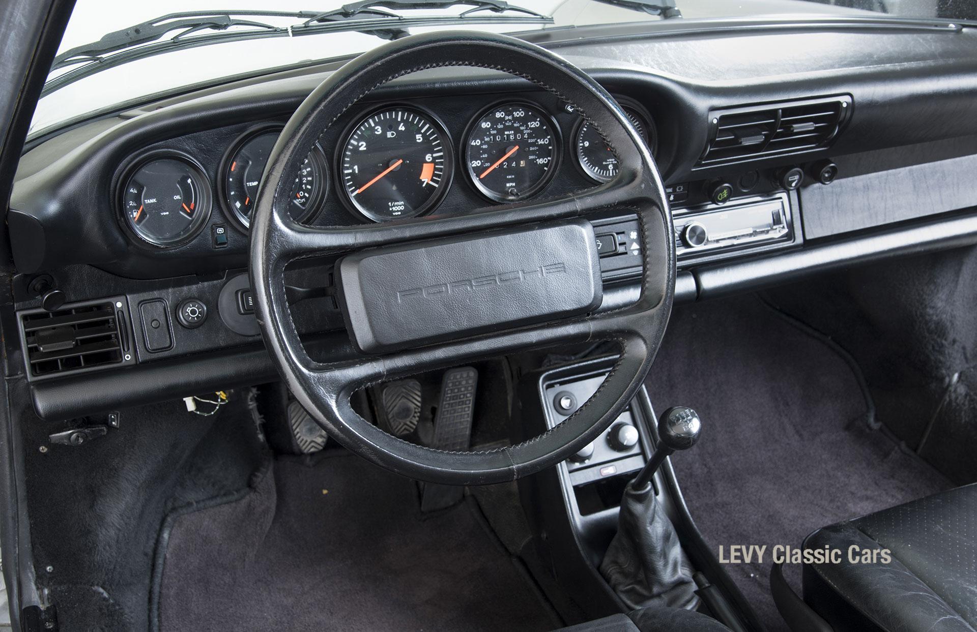 Porsche 911 silber Targa 60287 55_1