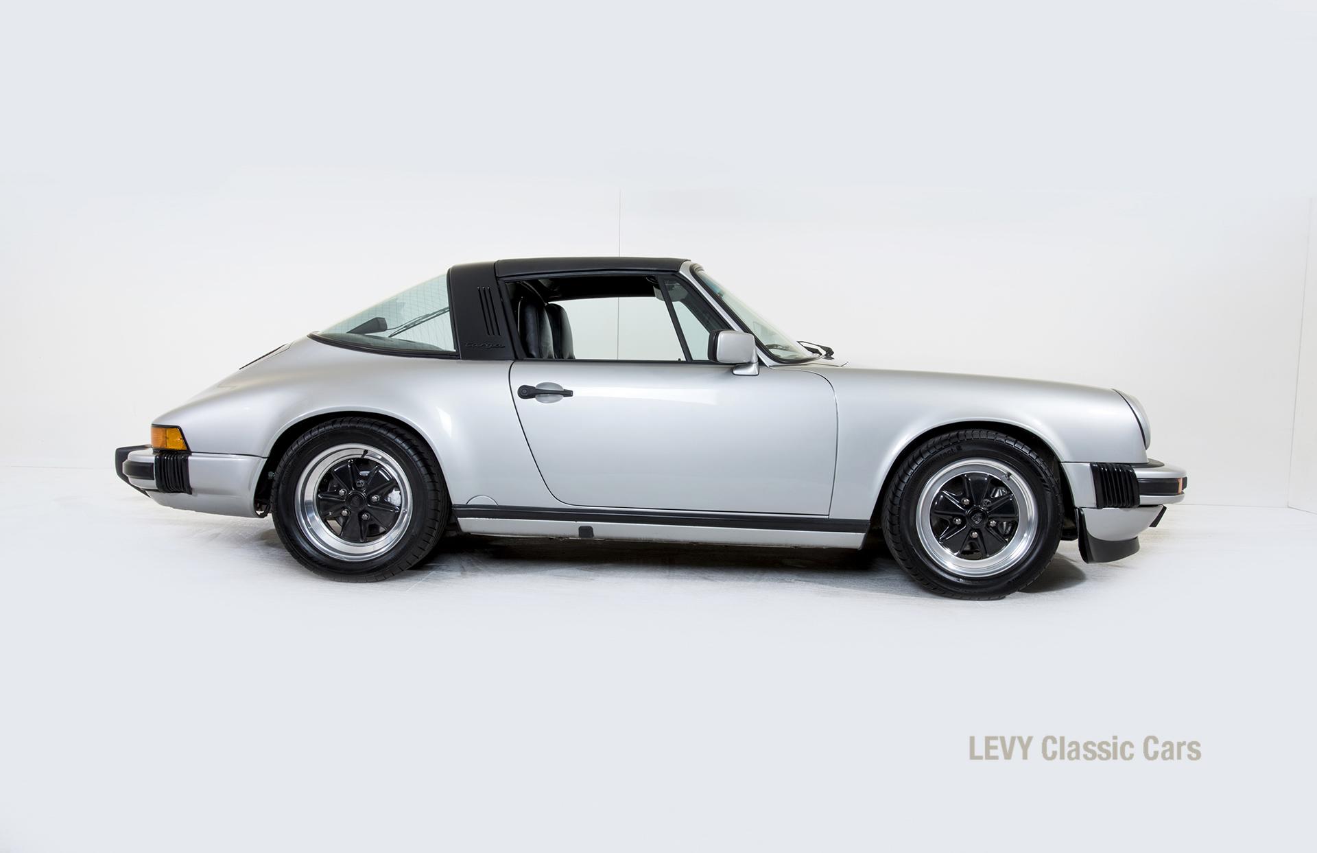 Porsche 911 silber Targa 60287 59_1