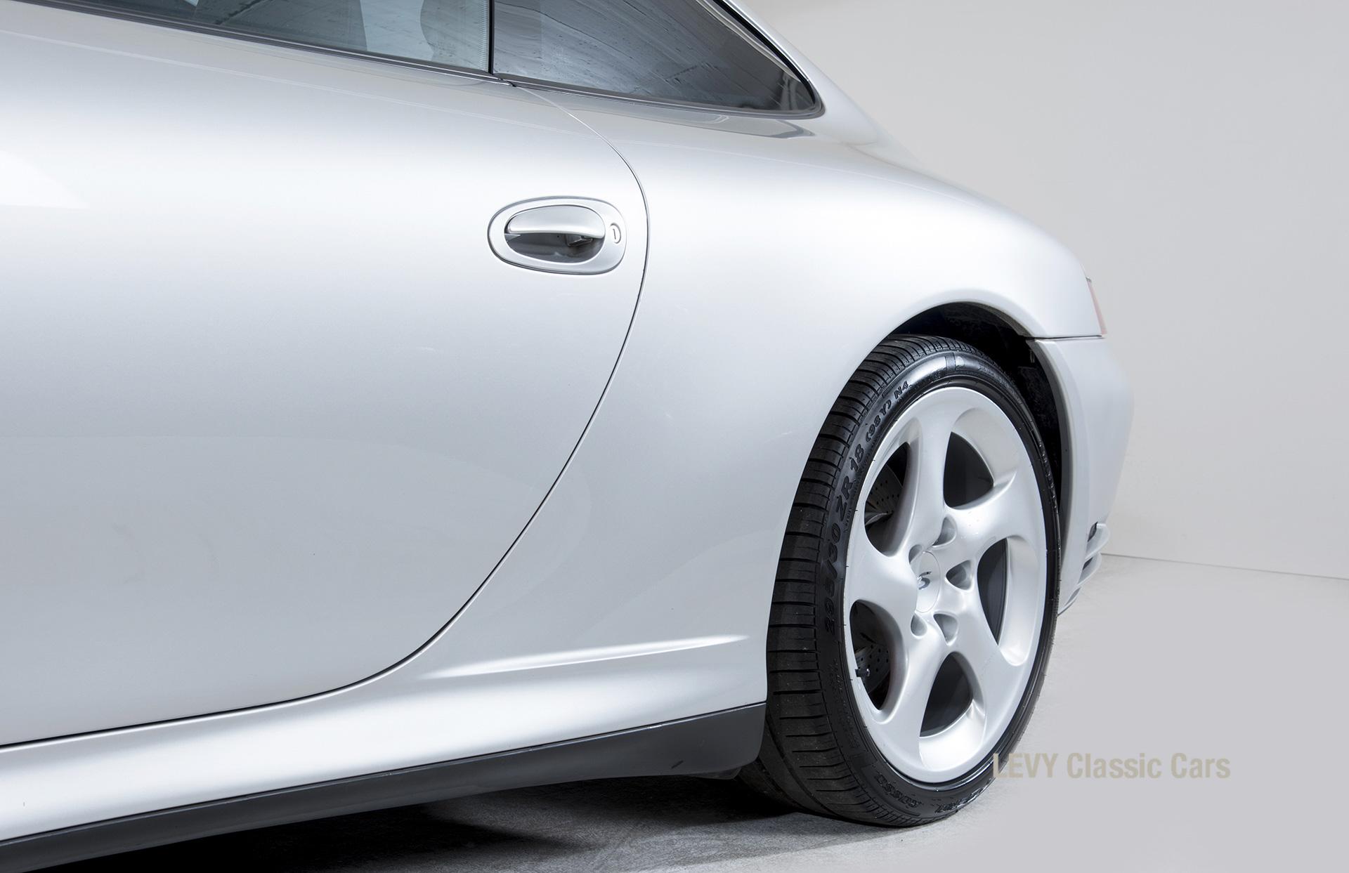 Porsche 996 00181 15