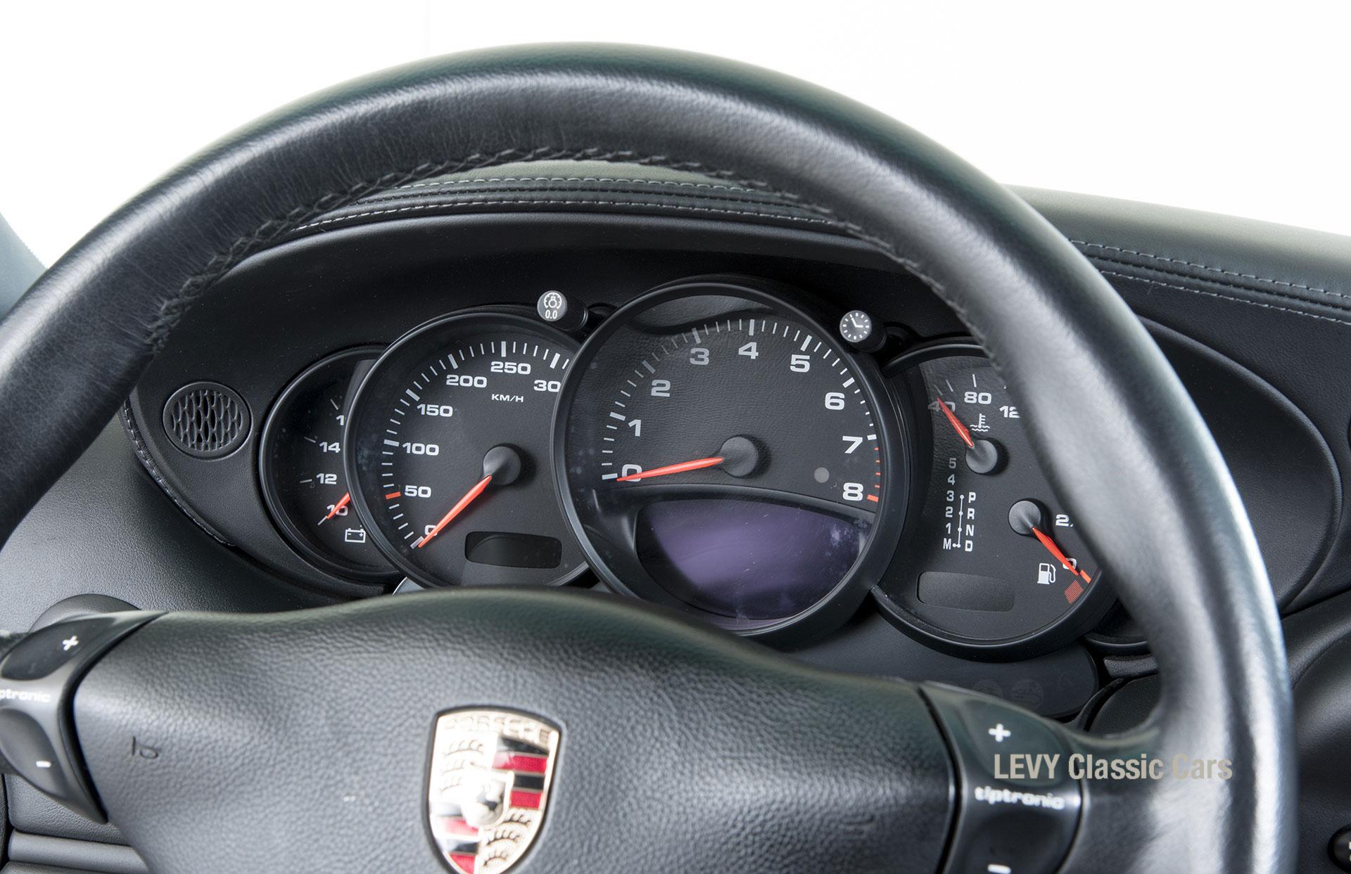 Porsche 996 00181 74