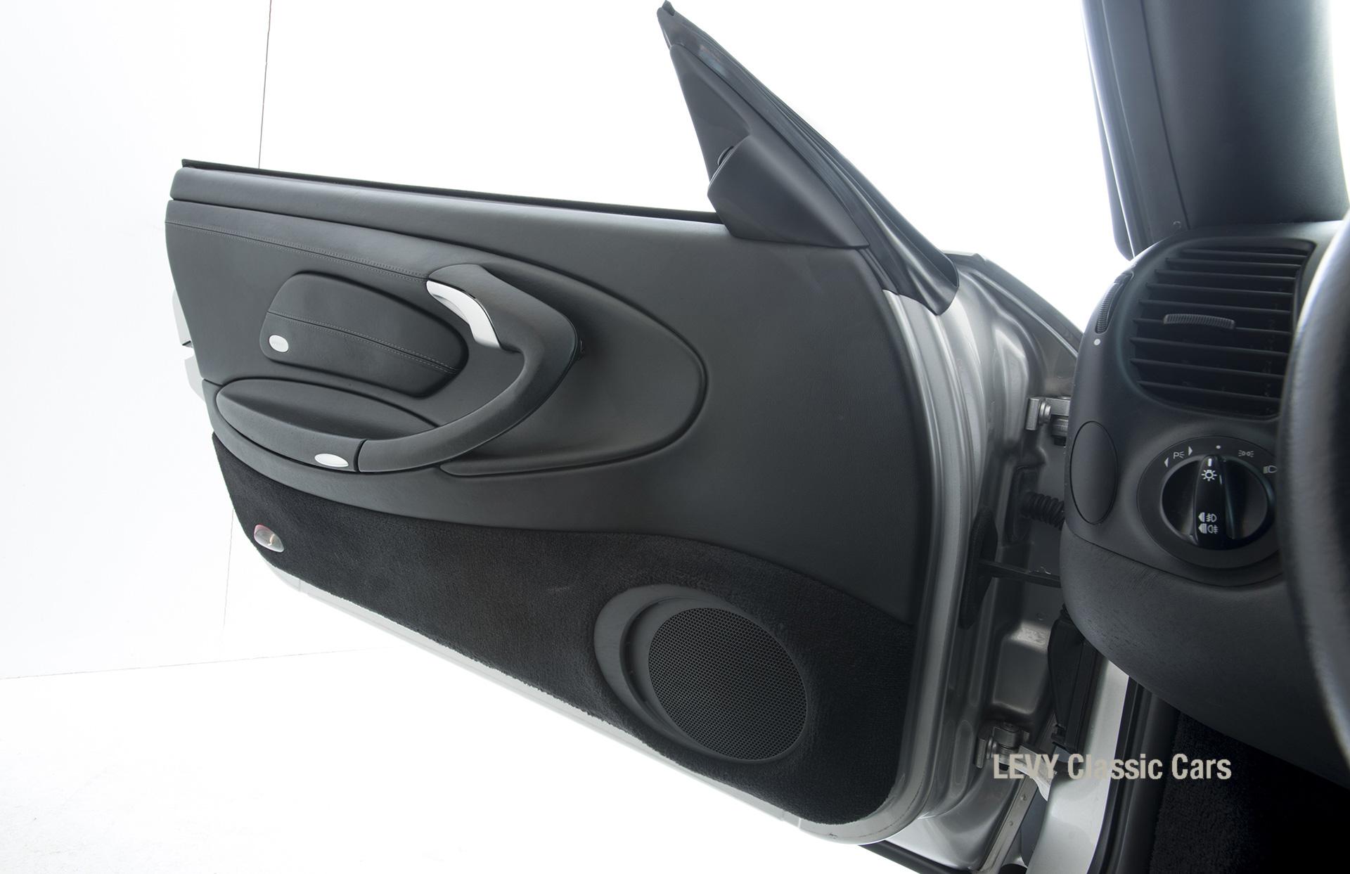 Porsche 996 00181 77