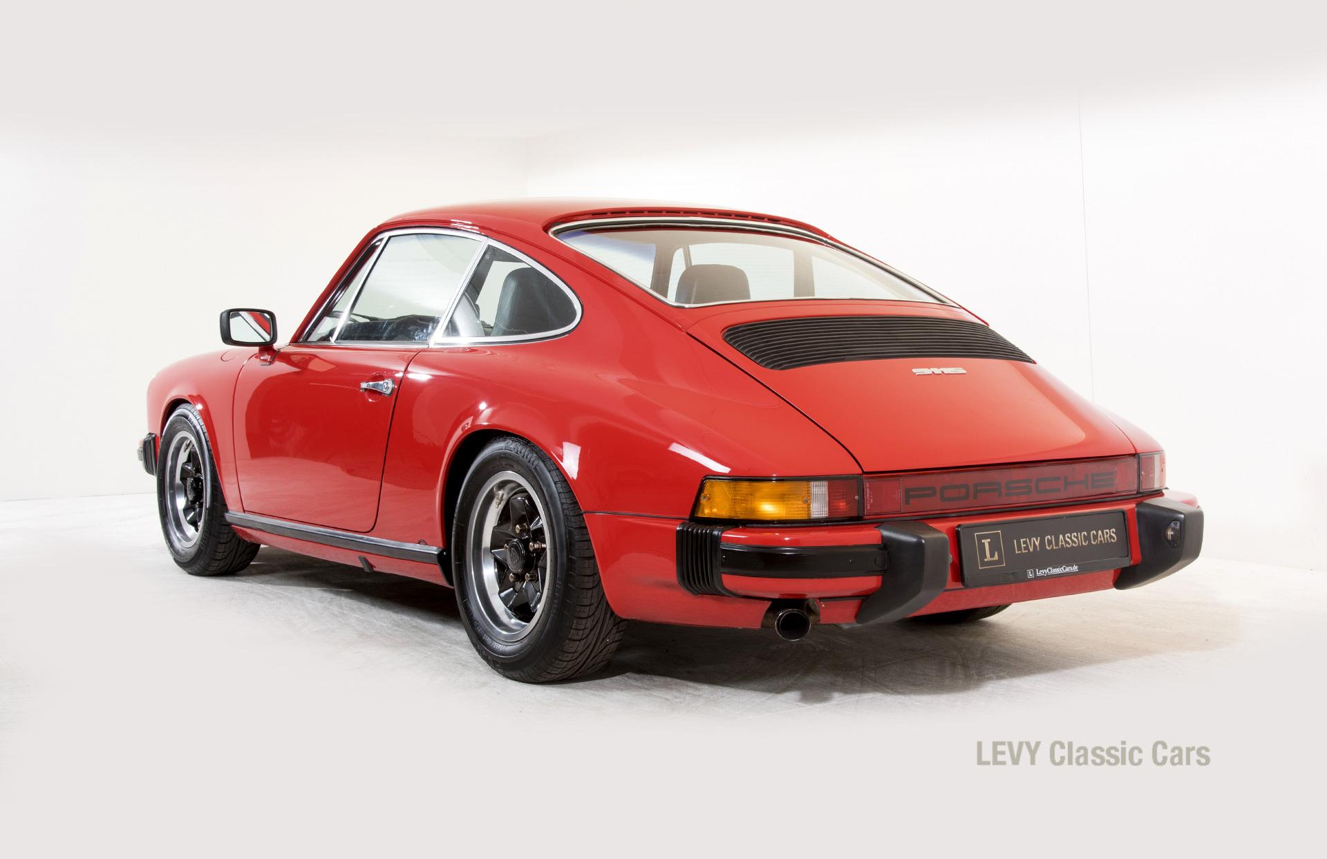 Porsche rot 9117202624 03