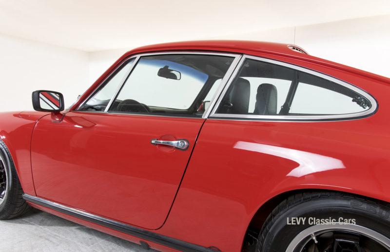Porsche rot 9117202624 10