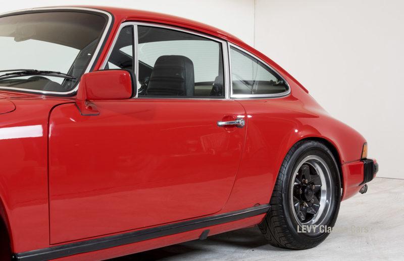 Porsche rot 9117202624 23