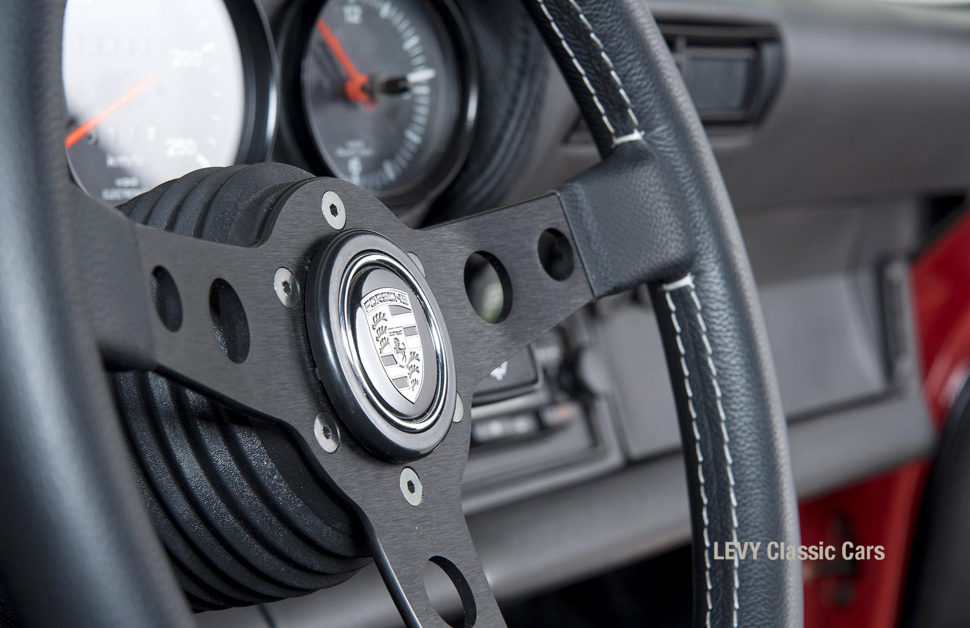 Porsche rot 9117202624 35