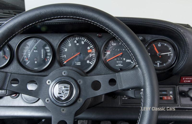 Porsche rot 9117202624 39