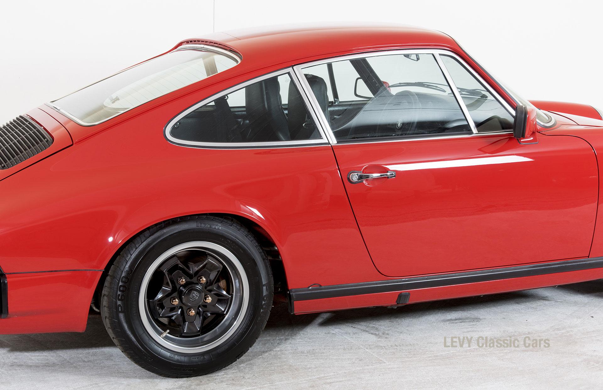 Porsche rot 9117202624 65