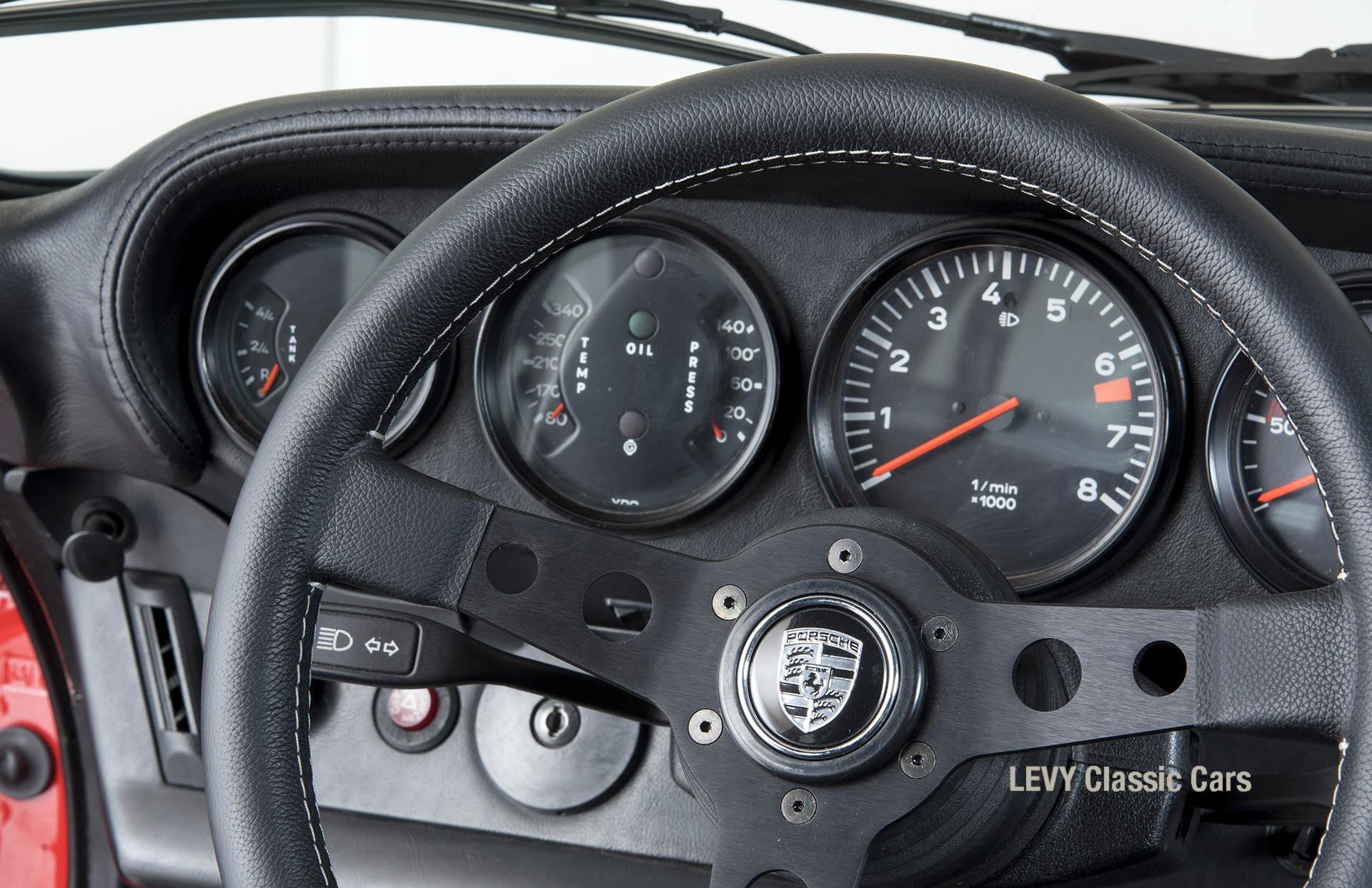 Porsche rot 9117202624 70