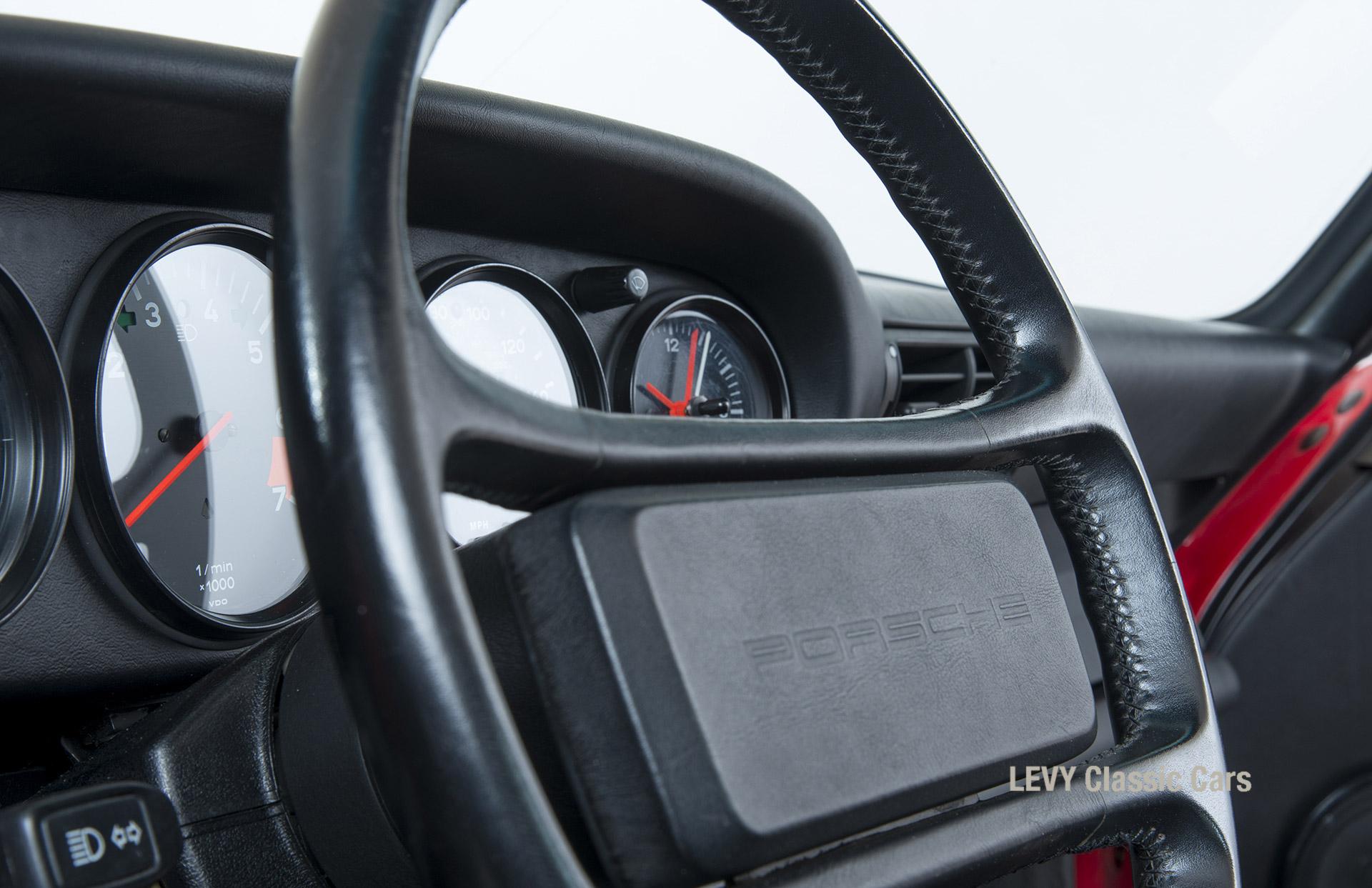 Porsche 911 Targa 60903_41