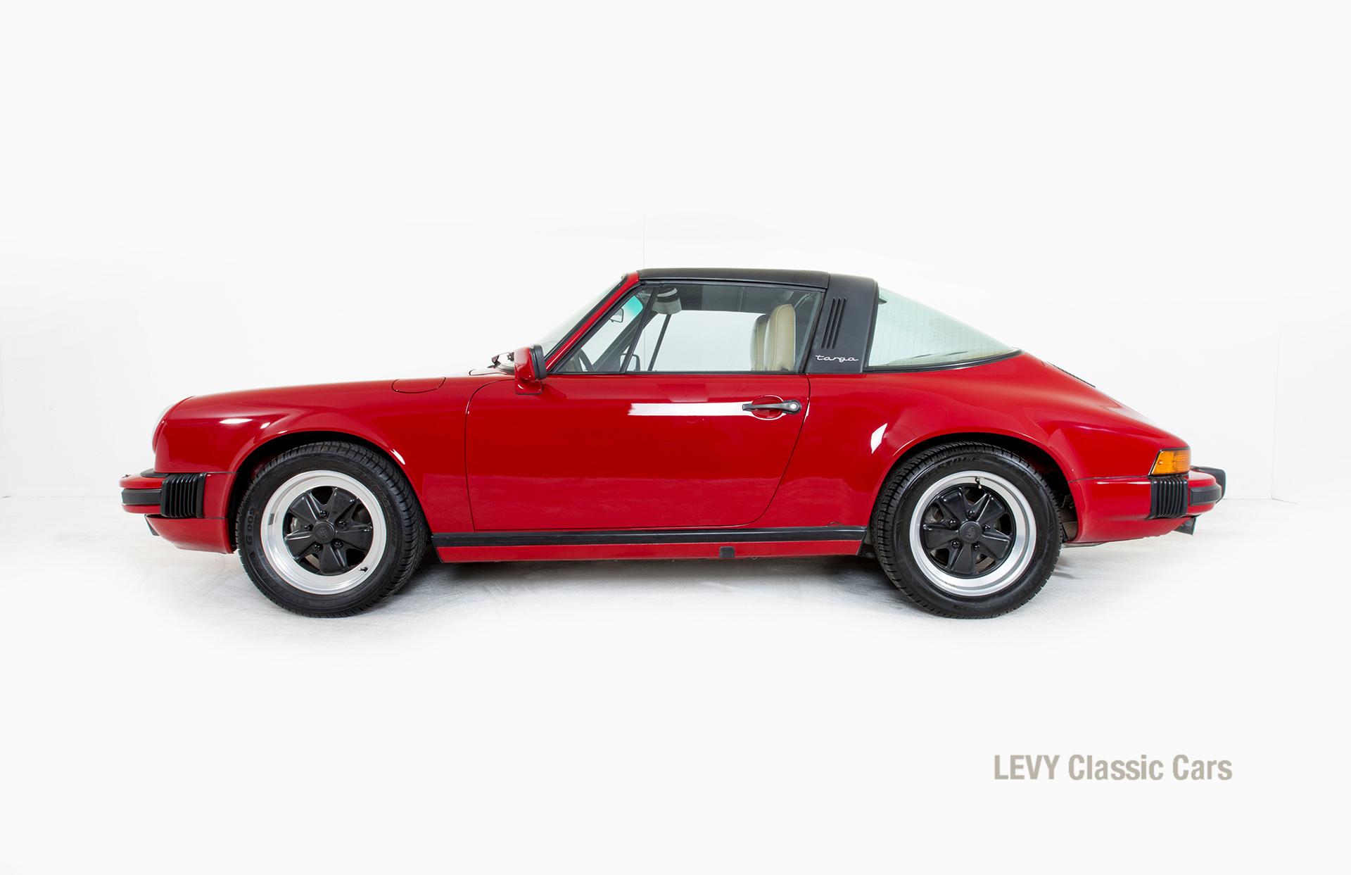 Porsche 911 Targa 61138