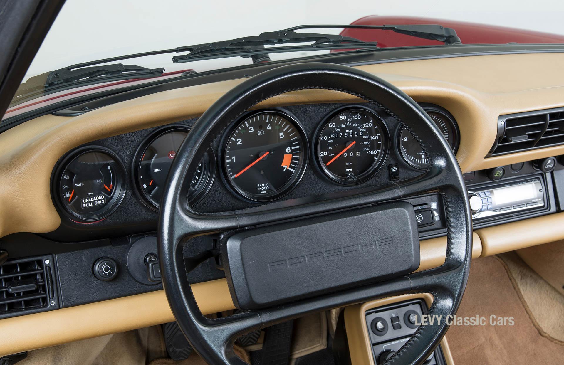 Porsche 911 Targa 61138_35
