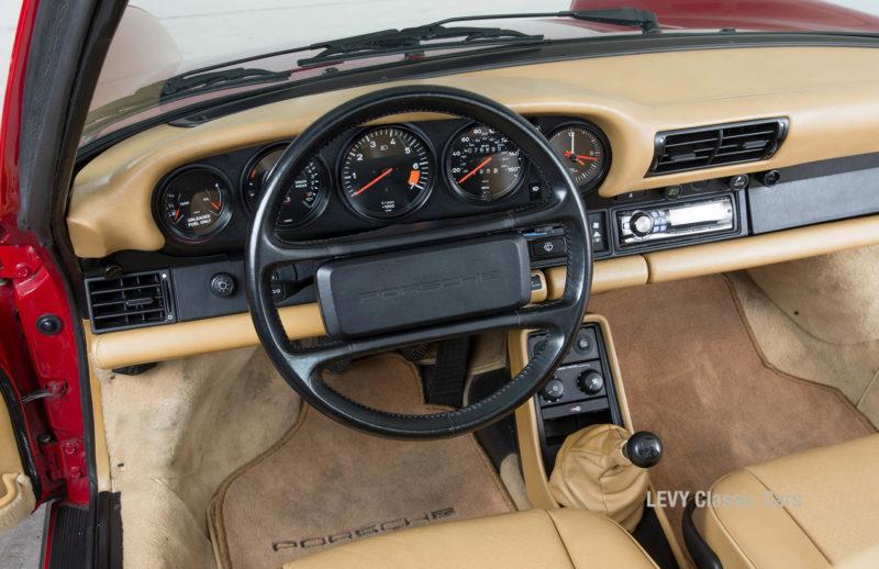 Porsche 911 Targa 61138_36
